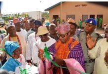 Oluwo Commissions a Fruit Juice Factory in Iwo
