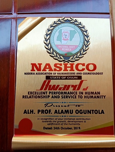 NASHCO Presents Prof Alamu Presents Awards Excellent Performance in Human Relations