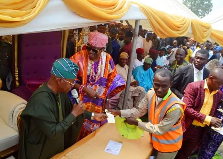 Oluwo Empowers Iwo Youths with 1 Million Naira, Yusuf Ola-Gold Lauds Oba Akanbi