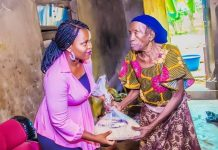 COVID-19: Oluwo Distributes Food Relief Package to the Old, Less Privileged